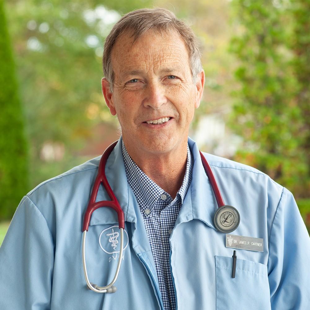 https://www.scottscreekanimalhospital.com/wp-content/uploads/sites/10/2020/10/Dr-Jim-Cartner.jpg